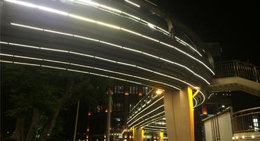 【广东】兴中广场人行天桥亮化工程