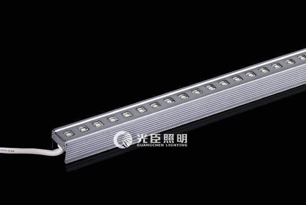 32*31铝材方透铝面盖LED线条灯-银灰色