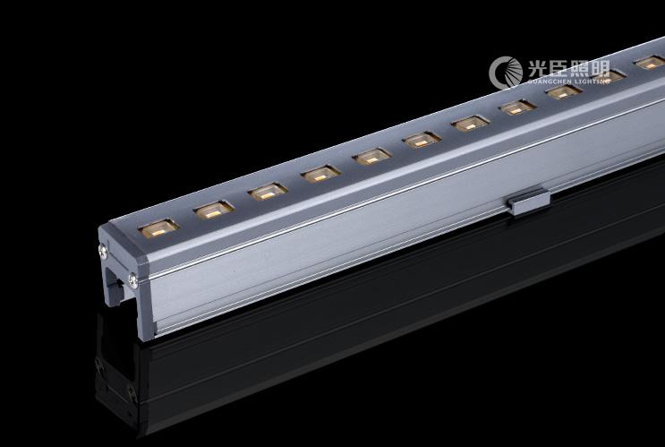28*30铝面盖LED线条灯